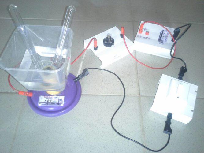 Réaction d'électrolyse : qu'est-ce que c'est ?