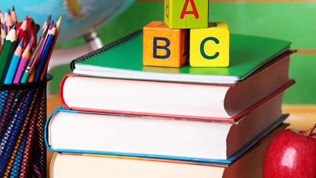 Répartition trimestriel des programmes de sciences physiques au premier cycle de l'enseignement secondaire
